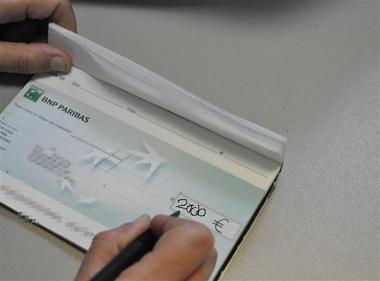 cheque-2000euros
